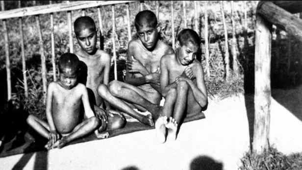 Romský holokaust: první romský transport do Osvětimi odjel z Brna v roce 1943