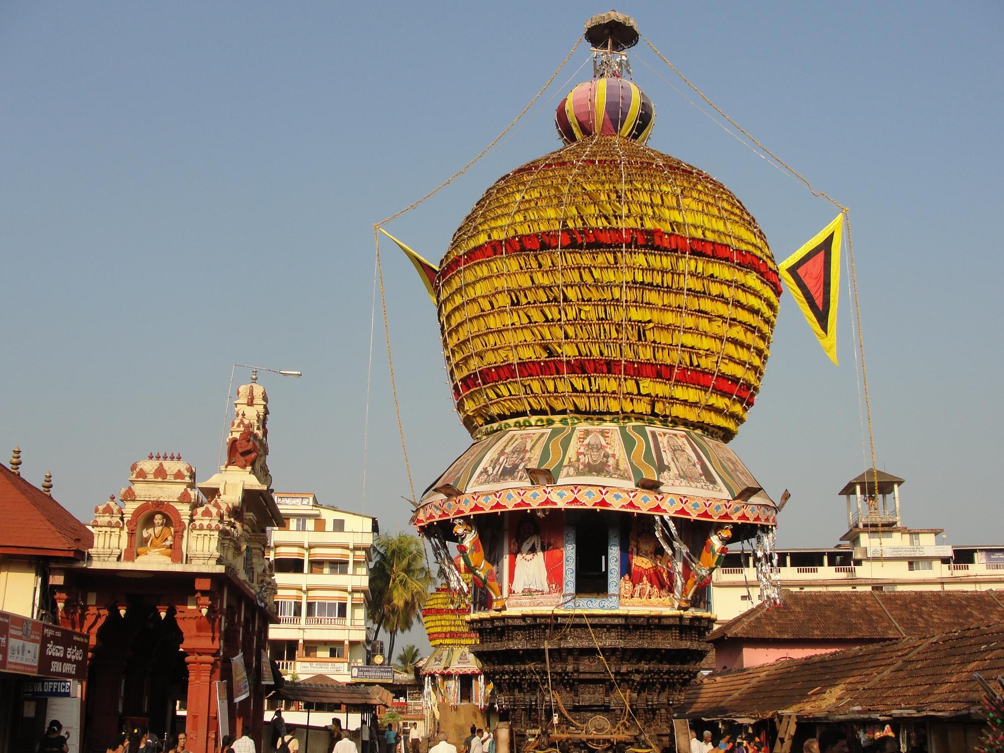 Plný kemp do kempu v Indii