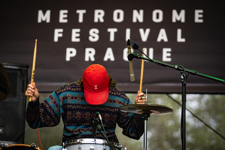 Cold Cold Nights na sobotní Radio Wave New Stage na festivalu Metronome