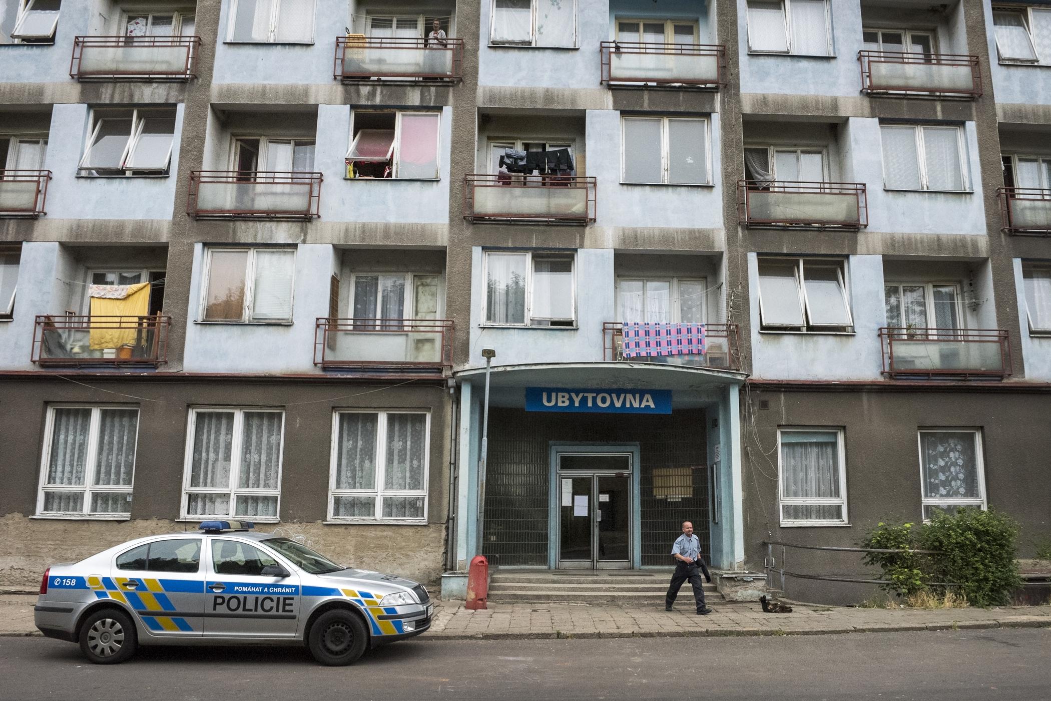 Takzvaná Modrá ubytovna, jedna ze dvou, které se v Ústí nad Labem zavírají.
