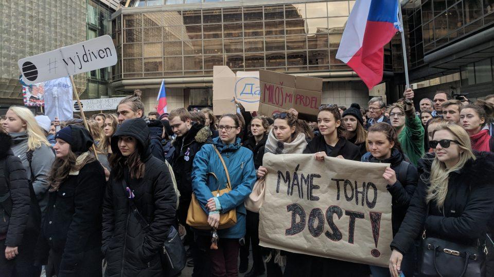 """Do akce """"Výstražná stávka studenstva – #VyjdiVen"""" se zapojilo přes 300 škol"""