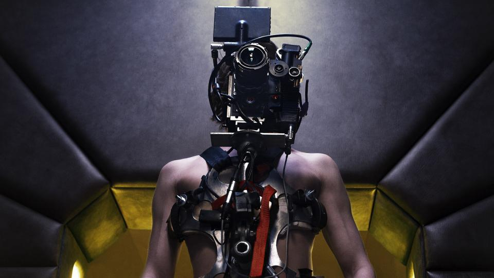 Mim Radim Vizváry s kamerou na těle ve filmu Jsem Brána