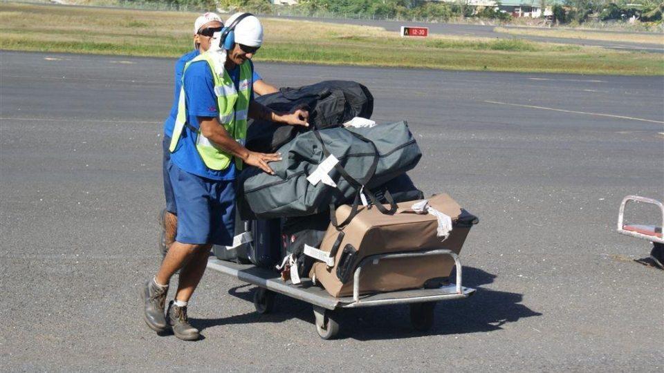 Přeprava skládacích kol po letišti