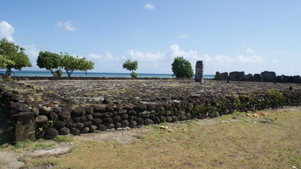 Obětní místa tzv. marae Taputapuatea na ostrově Raiatea
