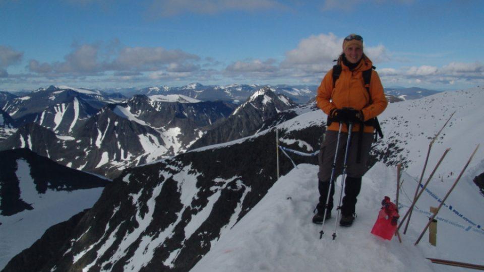 Helena Křenková a Kebnekaise sydtoppen, nejvyšší hora Švédska a Evropy za polárním kruhem)