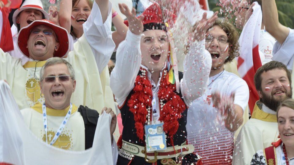 Polští poutníci slaví ohlášení Světového dne mládeže v Krakově