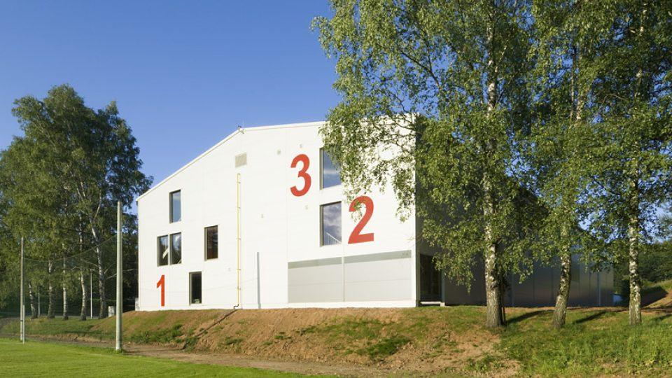 Sportovní hala 2070 Dolní Dobrouč, 2007-2009.jpg