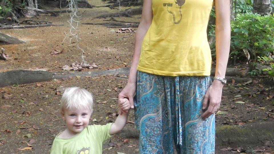 Milada Řeháková se synem