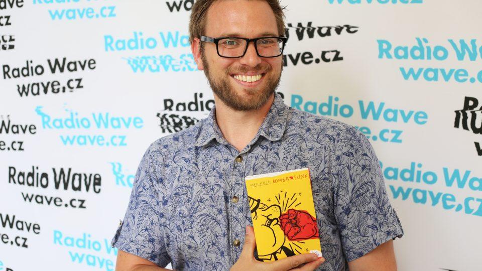 Karel Veselý a jeho kniha Bomba Funk
