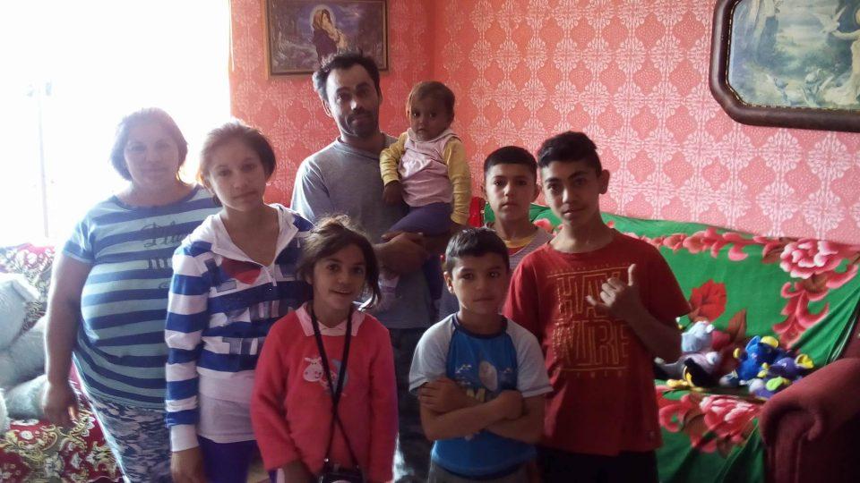 Peter s Týnou vychovávají šest vlastních dětí a čtyři v pěstounské péči