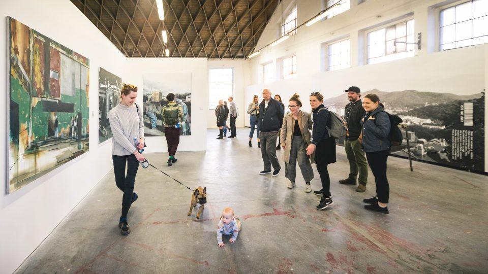Ze zahájení výstavy A co nám zbývá teď? v Galerii Emila Filly