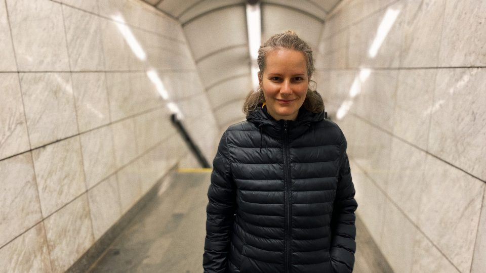 Anna Beata Háblová je architektka a básnířka - autorka knih o supermarketech i nemístech měst