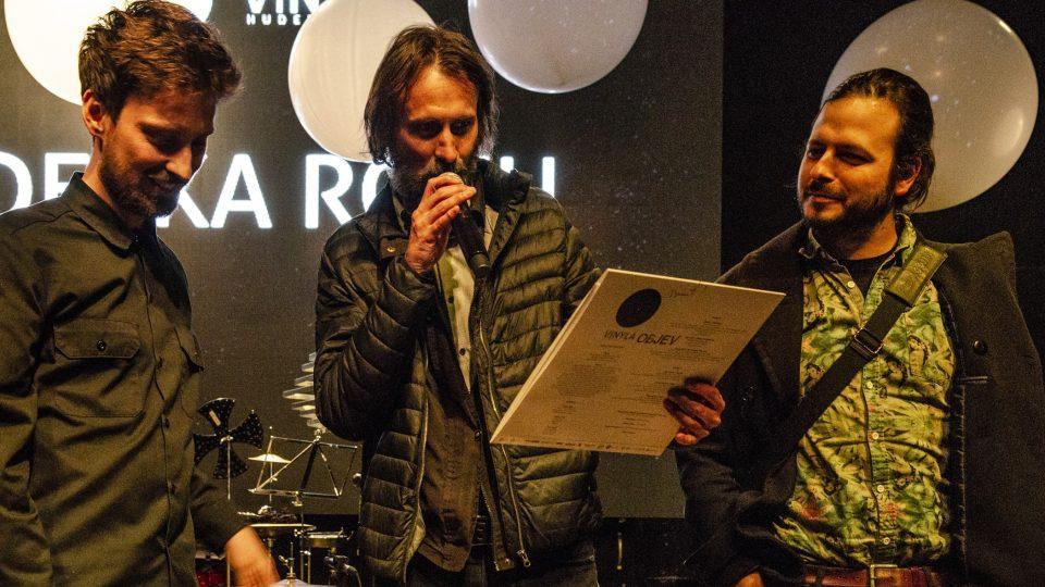 Povodí Ohře dostali cenu Vinyla za Desku roku