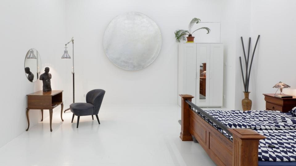 Z výstavy Rafani Art Apartment in the Heart of the City
