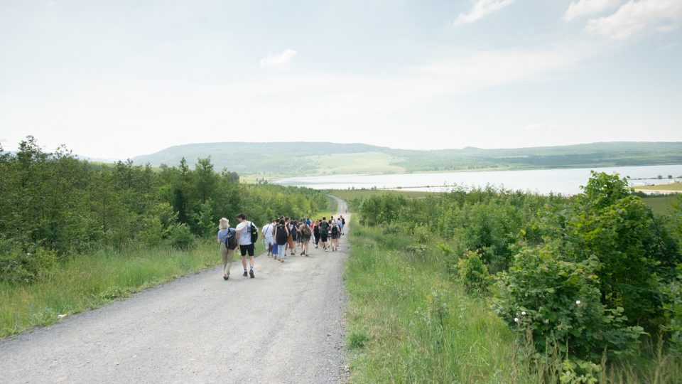 Výlet na jezero Milada jako součást doprovodného programu výstavy Poslední den stvoření