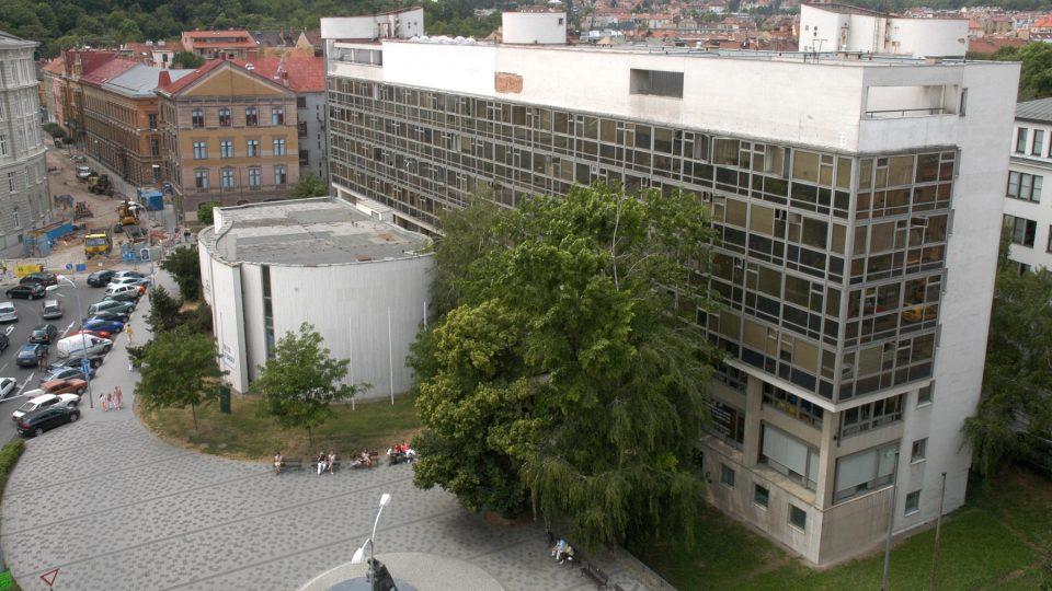 Takzvaný Bílý dům na Žerotínově náměstí v Brně na snímku z roku 2007