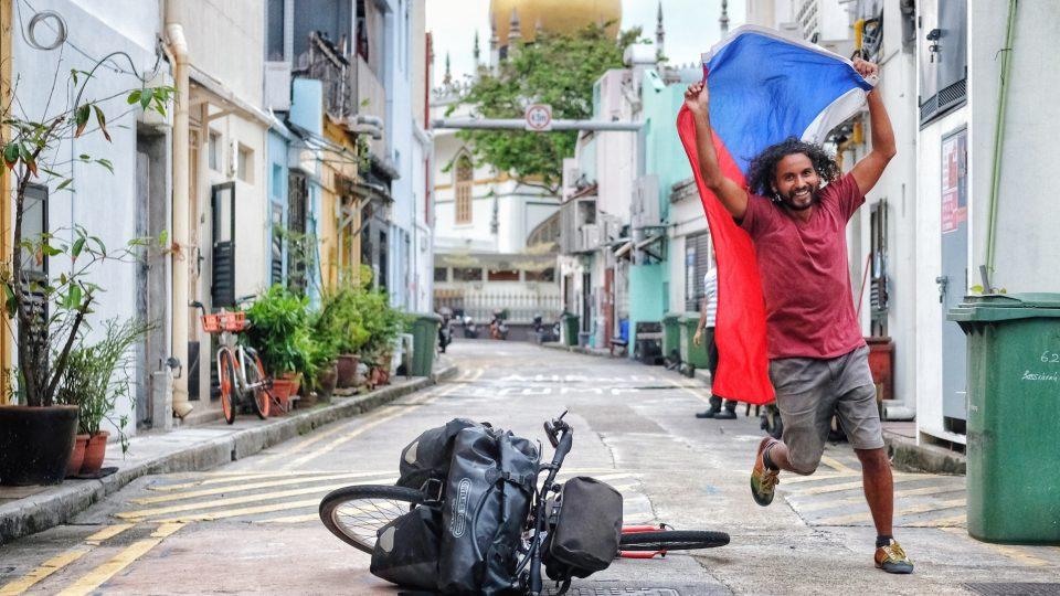 Z cesty Marka Jelínka na koloběžce z Indie až do Singapuru
