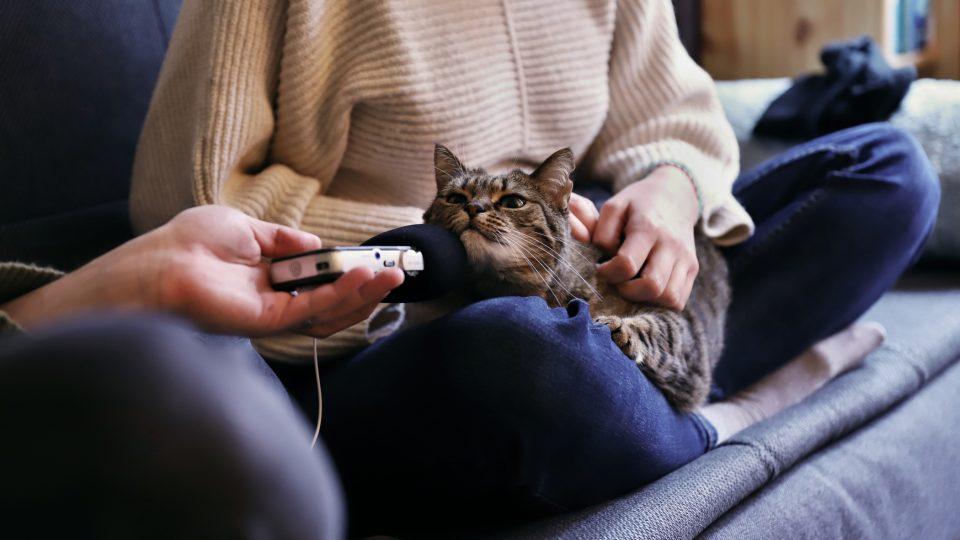 Lori s kočkou