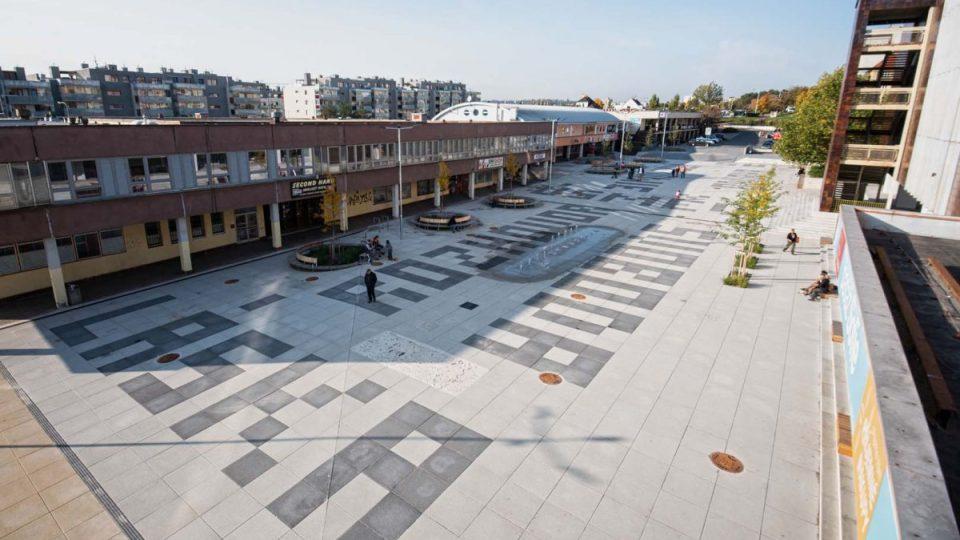 Rekonstrukce Sofijského náměstí v Modřanech: stav po