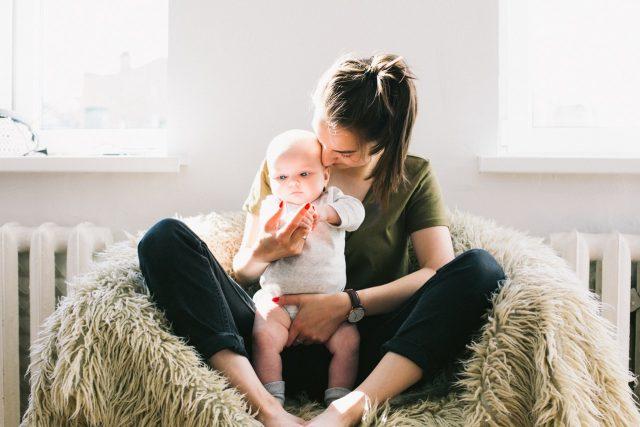 Mateřství - matka a dítě