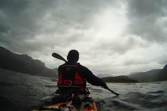 Z cesty Petra Majora na mořském kajaku kolem Skandinávie