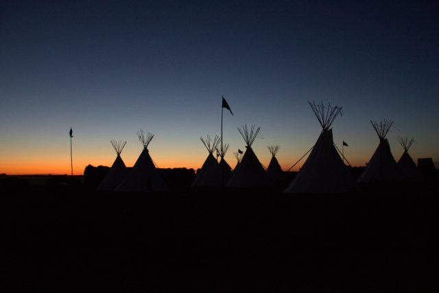 Václav a Klára Perlíkovi: Pow wow v Jižní Dakotě. Podnikli jsme rodinný výzkum mezi indiány