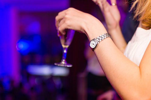 Žena a alkohol