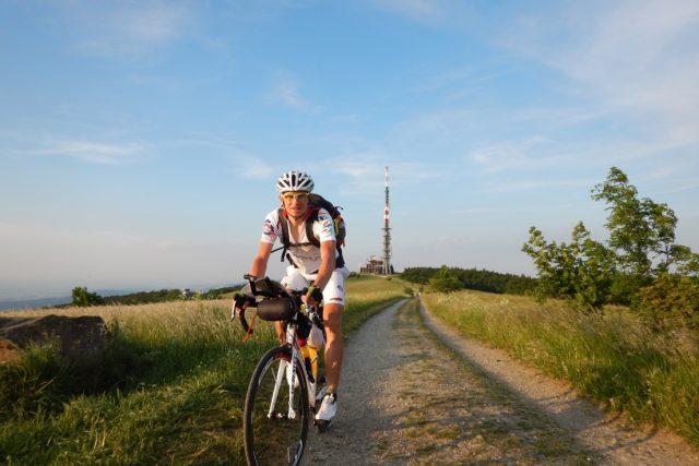 Na Javořině to byl ryzí biking