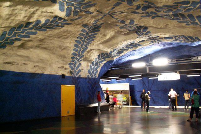 Metro ve Stockholmu (foto Jonas Bergsten)