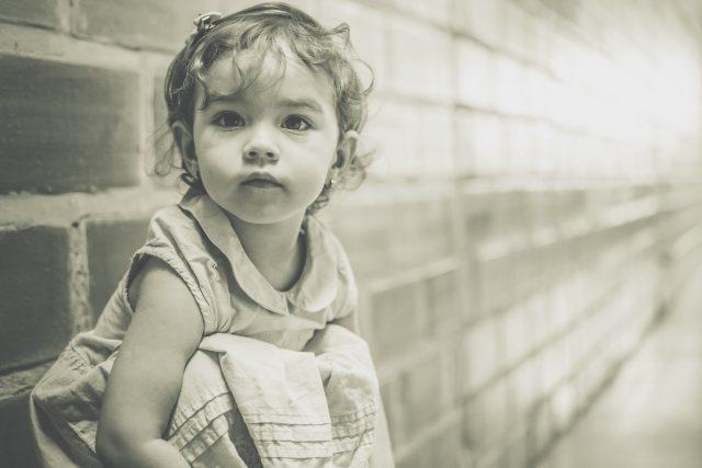 Dítě - děti - smutné dítě