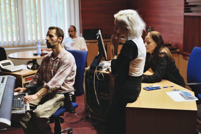 Nahrávání nové desky Zagami Jericho, vítězky Czechingu 2017, v karlínských studiích Českého rozhlasu