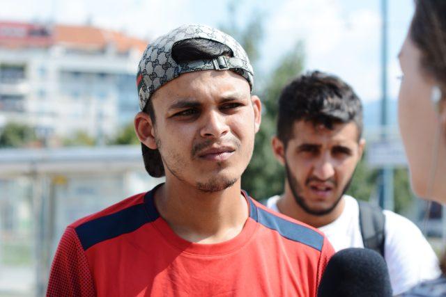 Uprchlíci v Bosně a Hercegovině, jedné z čekáren balkánské trasy, po které migranti směřují z Blízkého východu a Afriky do západní Evropy