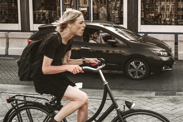 Cyklistika ve městě - kolo - jízdní pruh pro kola