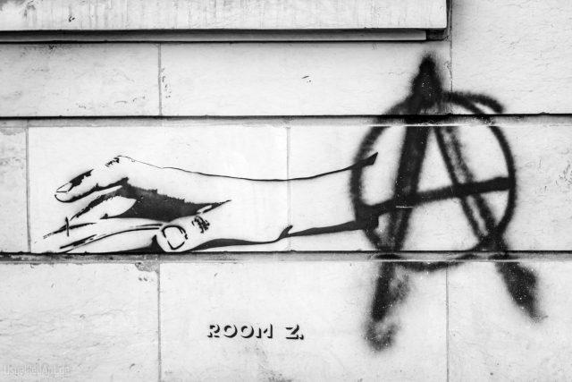 Anarcho Clicktivism - clicktivismus
