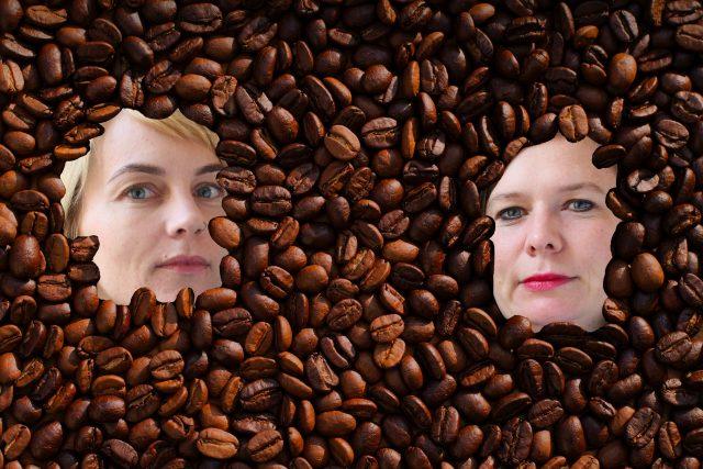Bychty vs. kafe