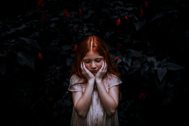 dítě - smutné dítě - smutek