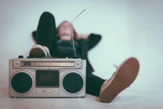 poslech – hudba