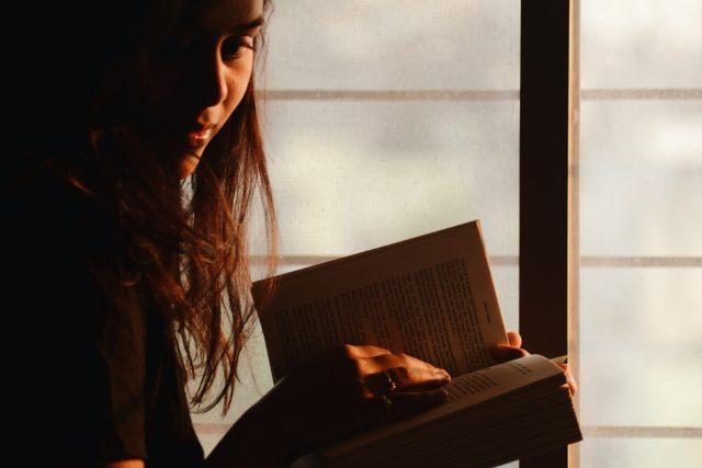 kniha - čtení - číst si