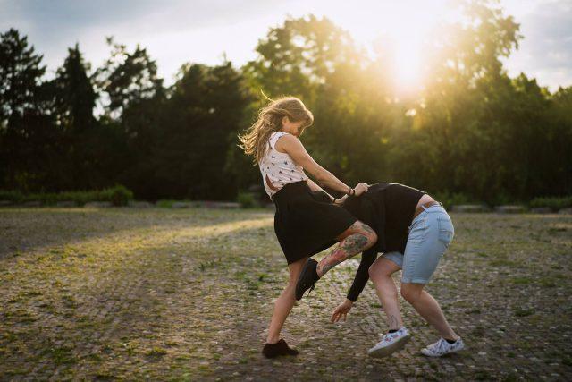 Moderní sebeobrana pro ženy - napadení - znásilnění | foto: Helena Szimigielová