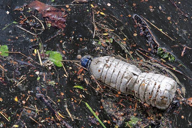 odpad, znečištění, mikroplasty, plasty